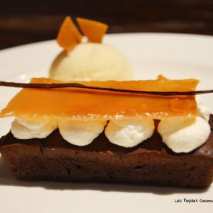 Moelleux chocolat mousse poire Tuile et sorbet poire 3