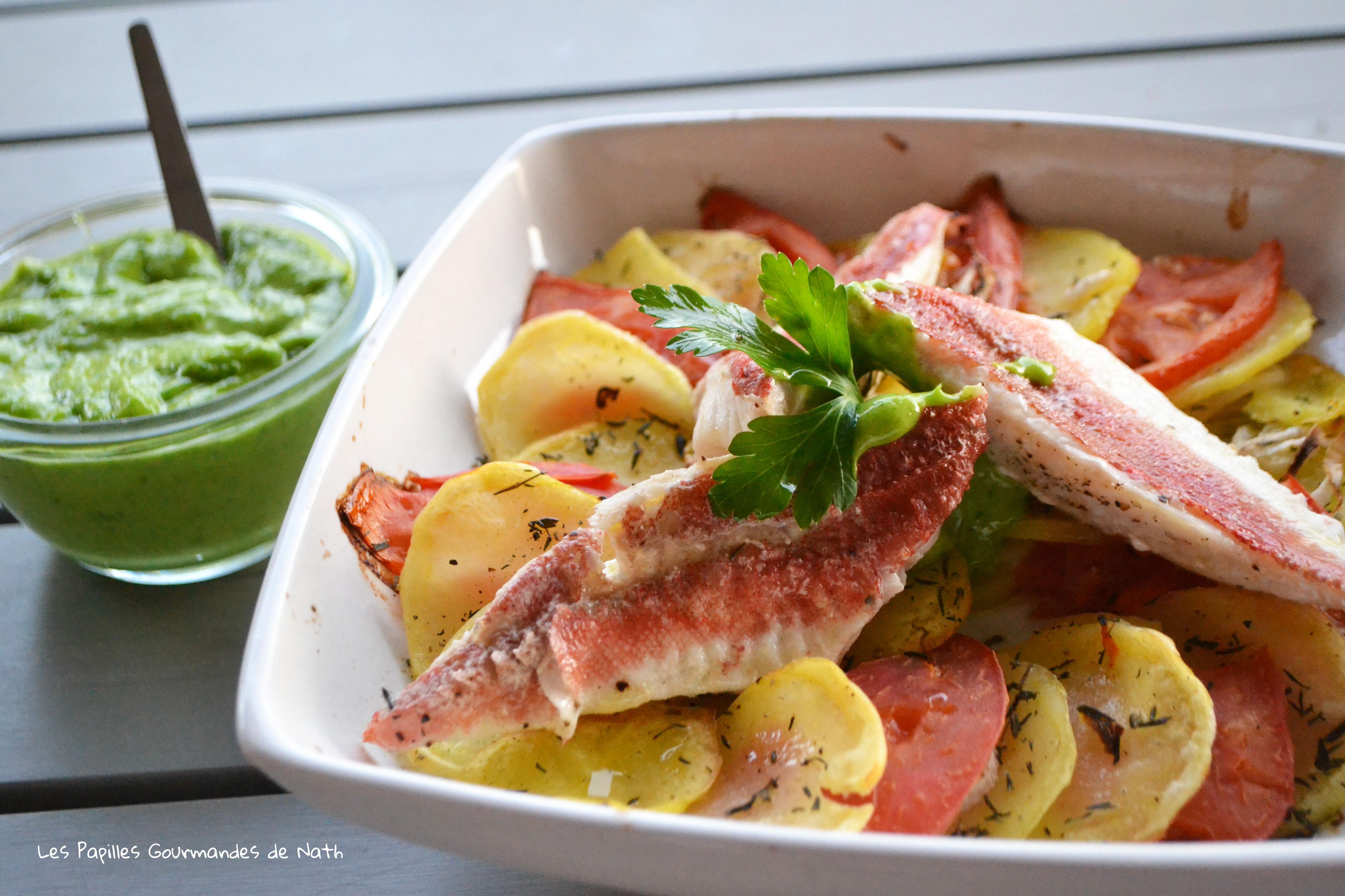 Filets de Rouget sur Tian  tomates pommes de terre et sauce sauce verte